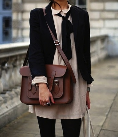Cambridge satchel (2)