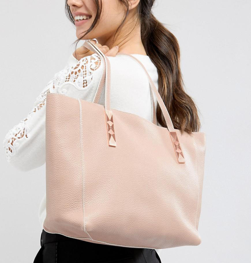 Free UK & international delivery available across luxury brands including fashion, beauty, home & garden, gifts, toys and more online at The Hut.