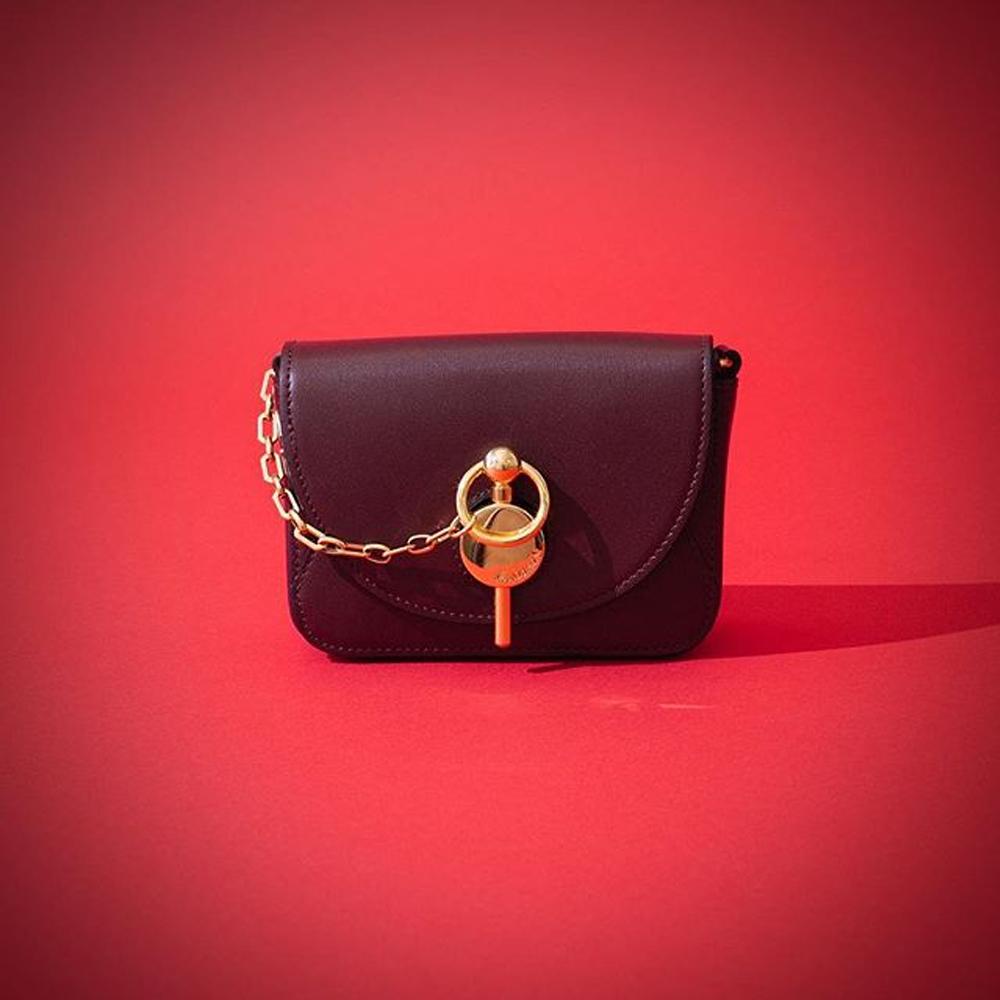 網購JW Anderson新推出鑰匙包低至香港價錢63折+免費直運香港/澳門
