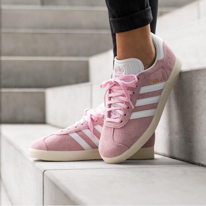 網購Alexander McQueen厚底小白鞋低至HK$2,690+直運香港