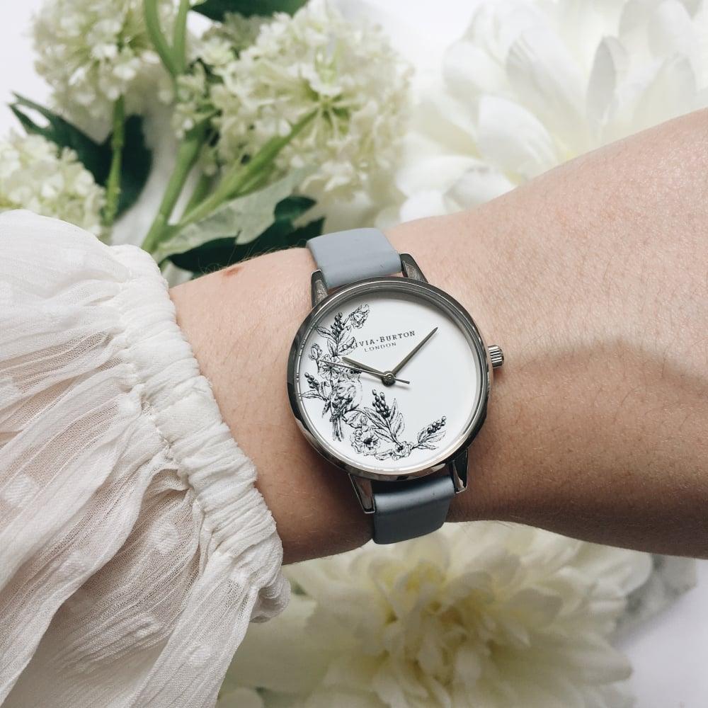 Olivia Burton Women's Illustrated Animals Sparrow Watch - Chalk Blue and Silver的圖片搜尋結果