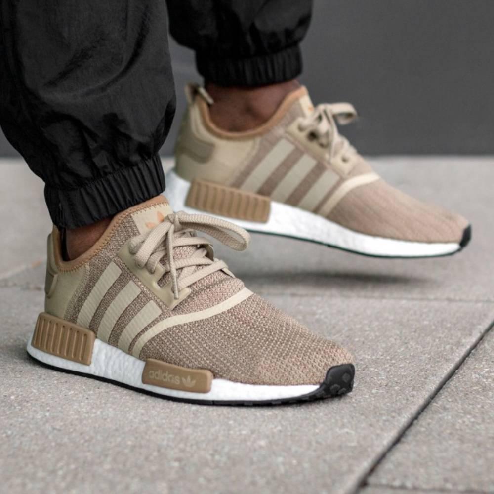 網購Adidas 鞋款低至5折+直送到香港/澳門