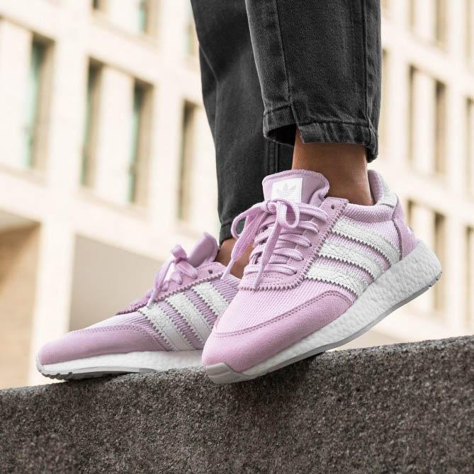 網購Adidas人氣鞋款低至39折+直送到香港