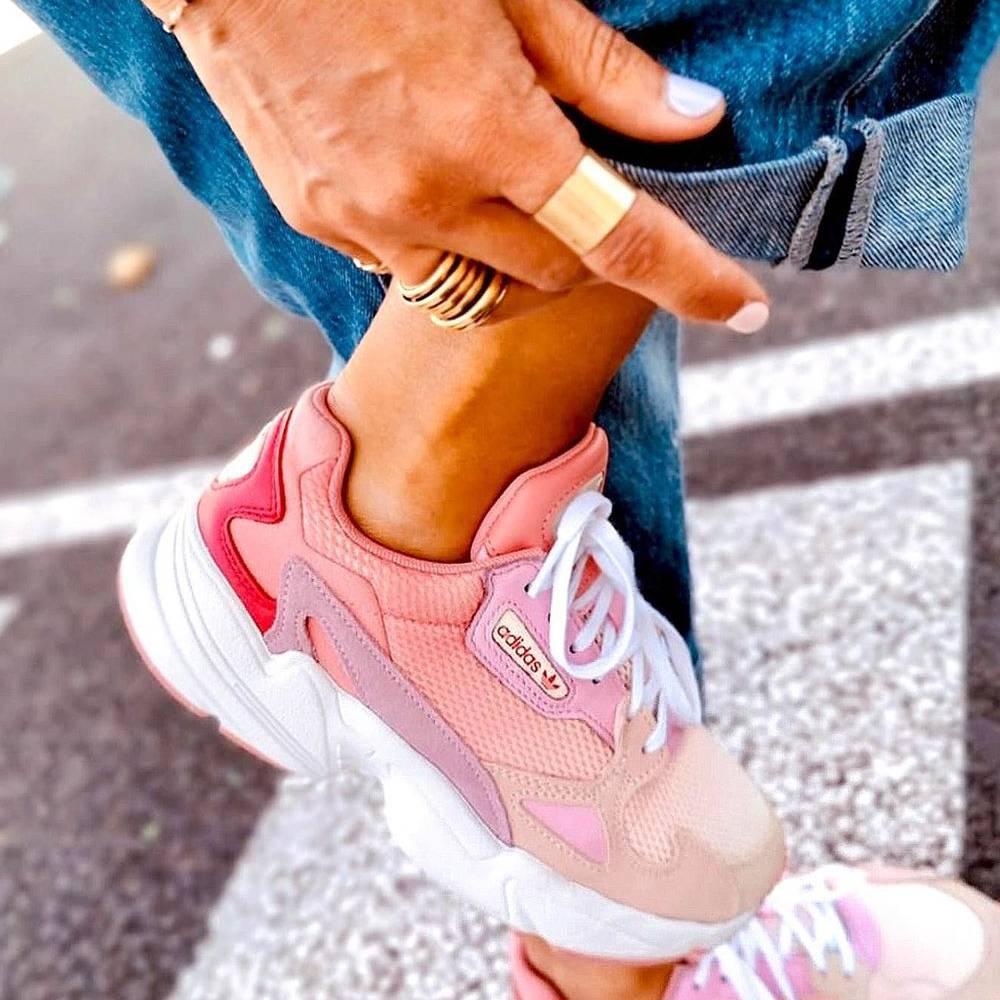 網購Adidas 鞋款低至5折+限時免費直送到香港/澳門