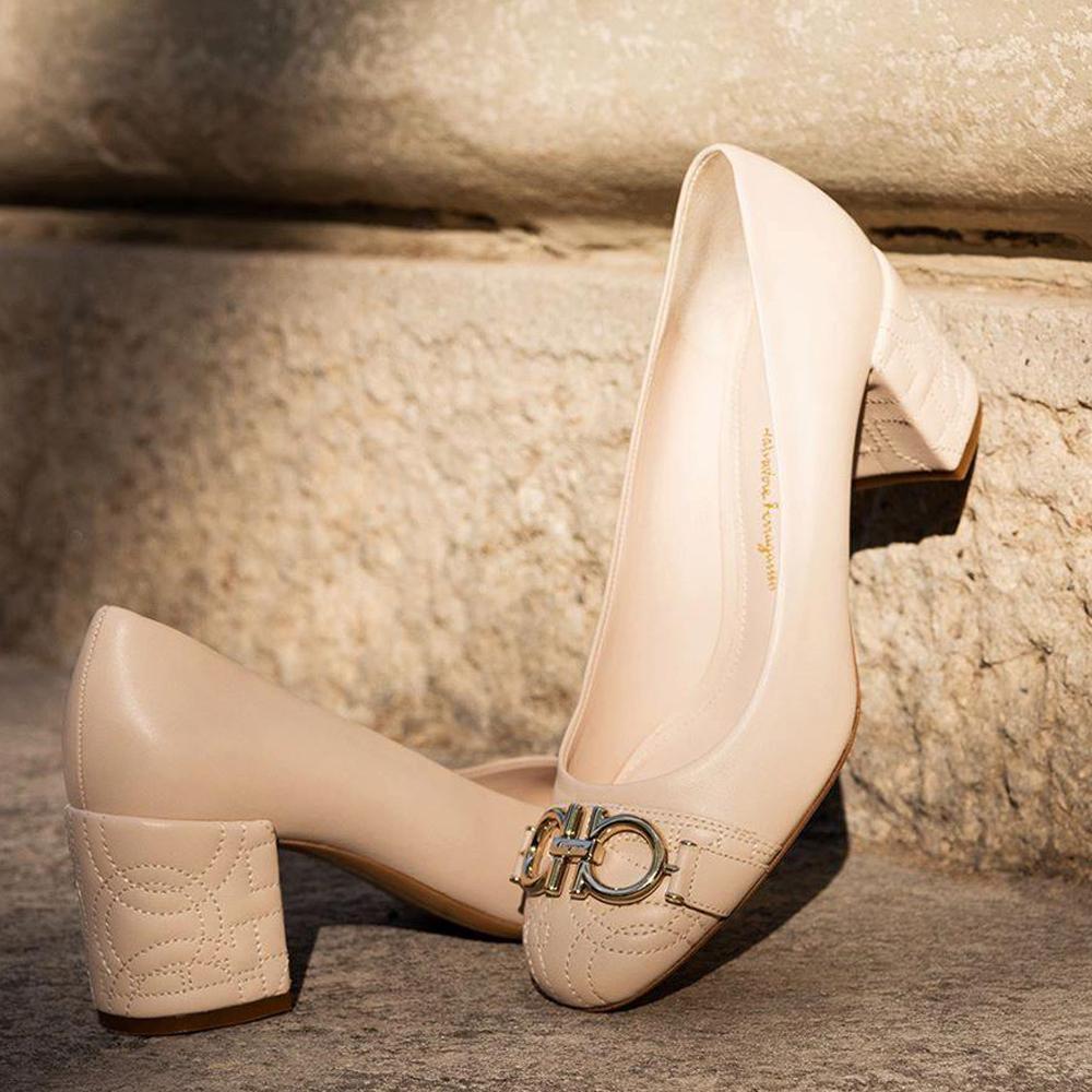 網購 Salvatore Ferragamo 鞋款低至32折 + 免費直送香港/澳門