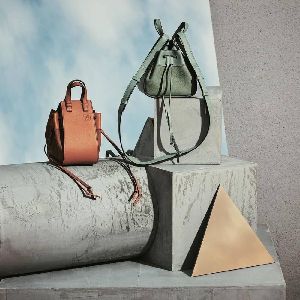網購Loewe人氣手袋低至7折+免費直送香港/澳門