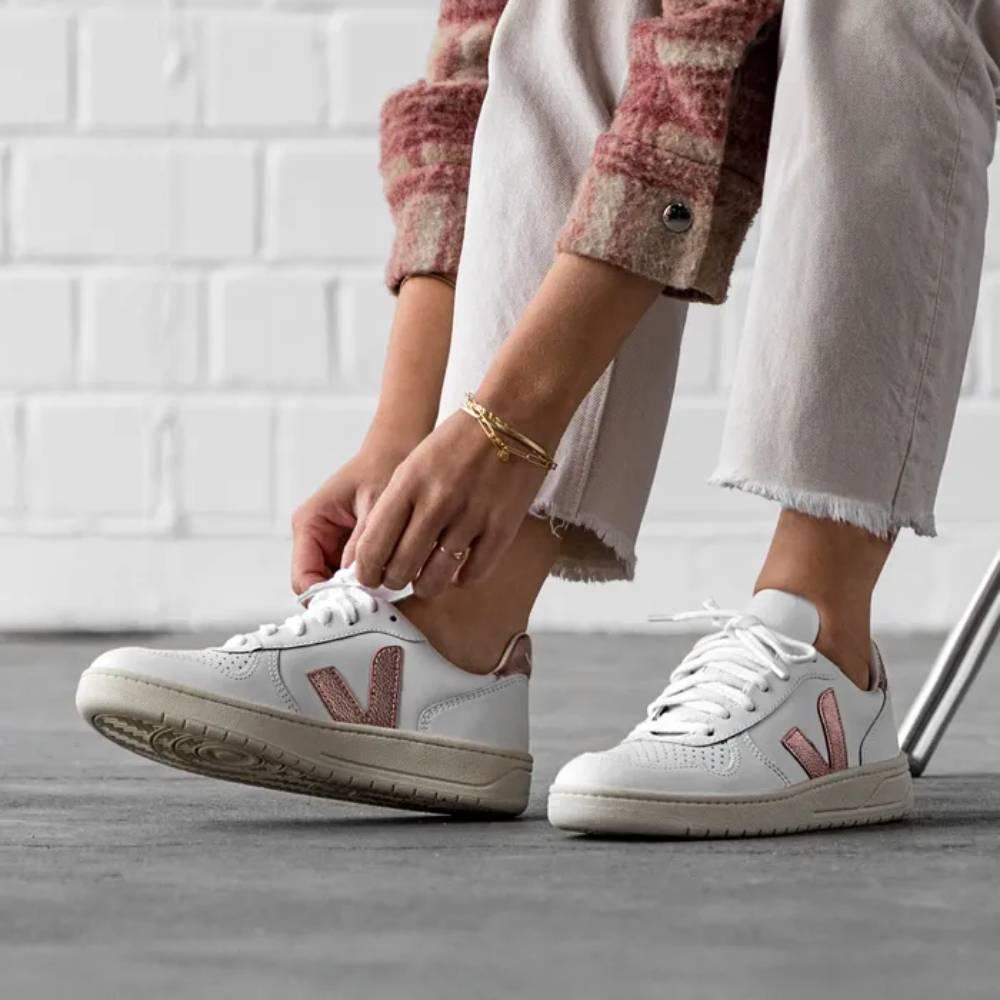 網購VEJA新款運動鞋低至HK$618+免費直送香港/澳門