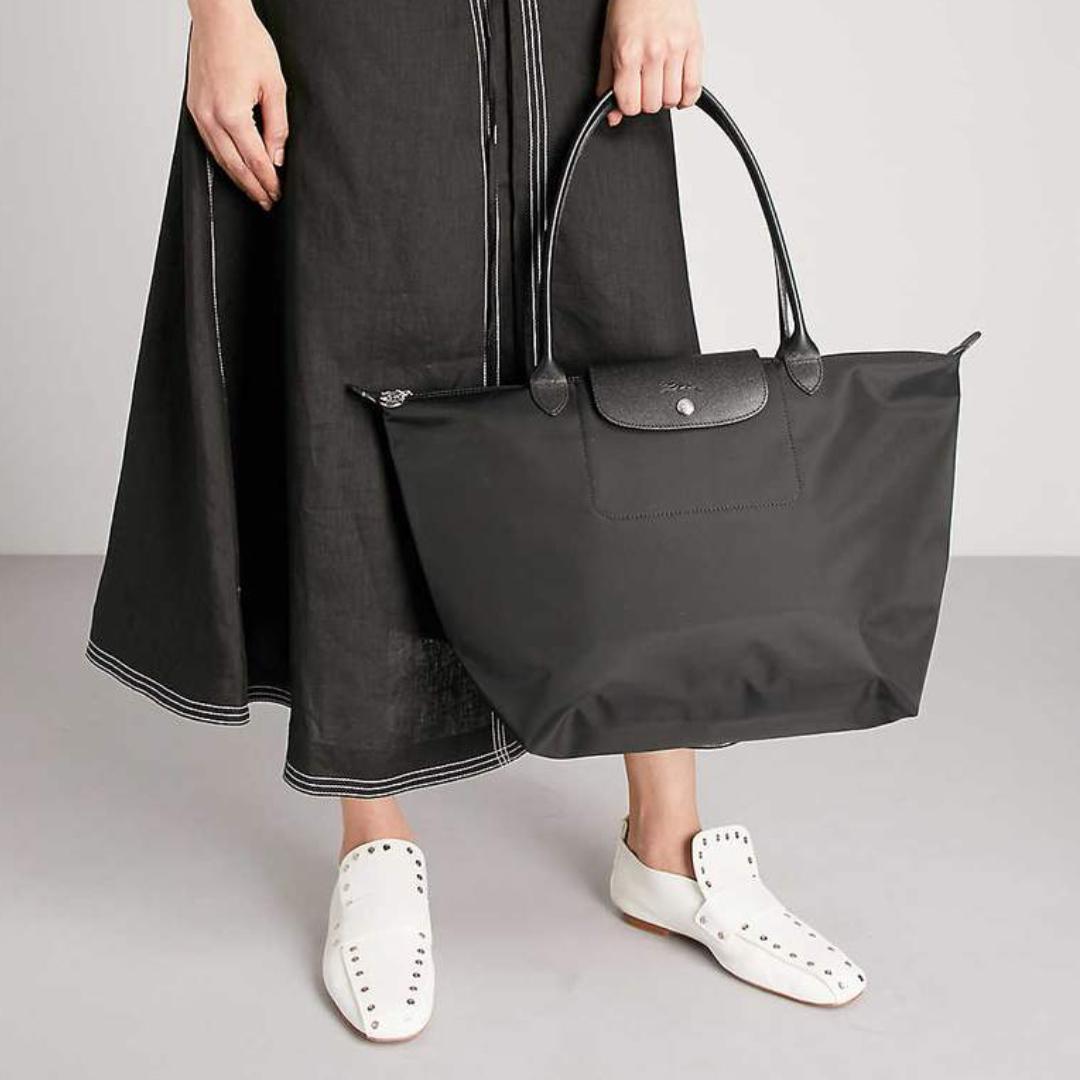 網購Dr.Martens經典鞋款低至78折+ 免費直運香港/澳門