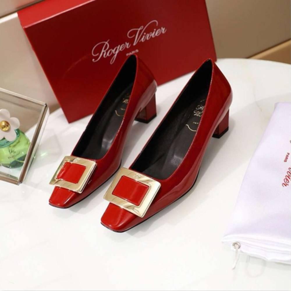網購Roger Vivier鞋款低至香港價錢68折+免費直運香港/澳門