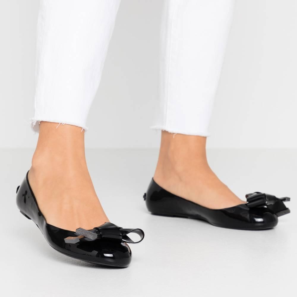 網購Ted Baker鞋款低HK$247+ 免費直送香港/澳門