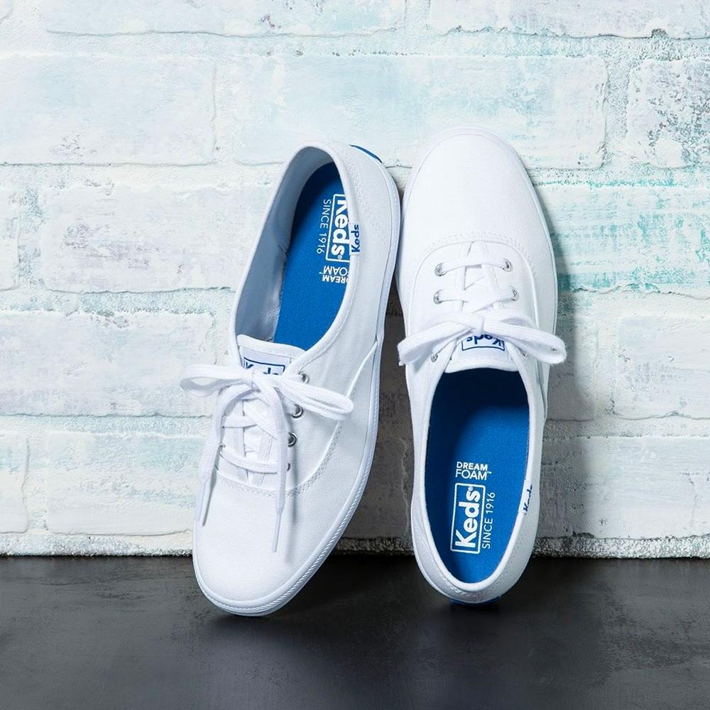 Stuart Weitzman鞋款低至香港價錢58折+免費直運香港/澳門