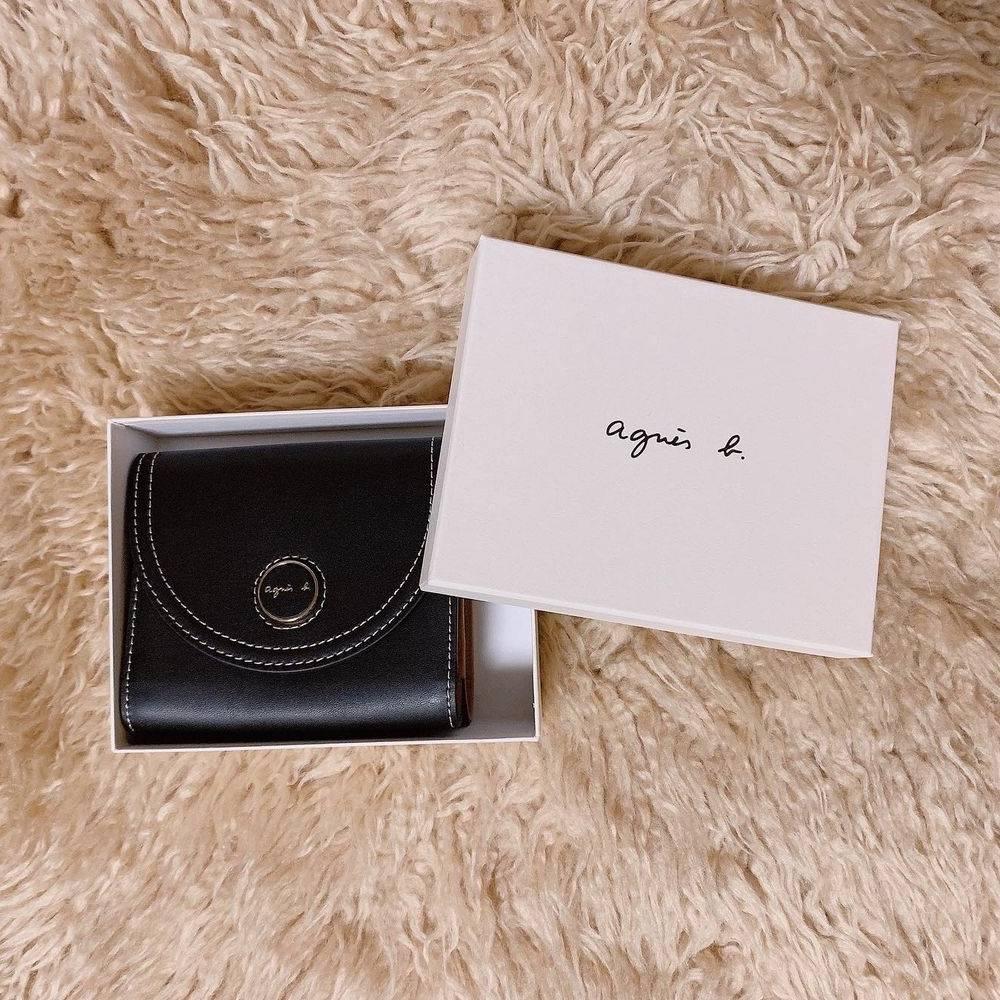 網購Agnès b銀包低至HK$693+免費直送香港/澳門
