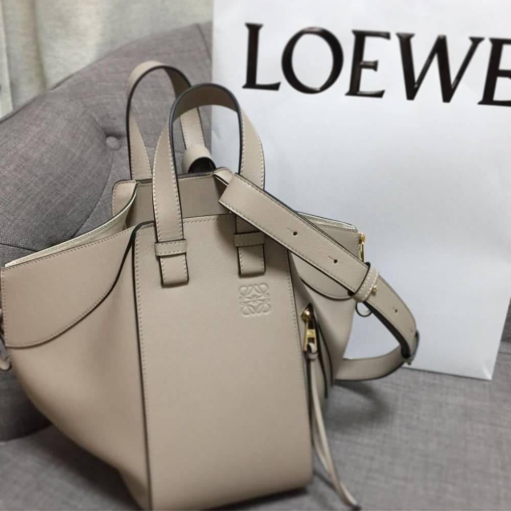 網購Loewe人氣手袋低至香港價錢72折+直送香港/澳門