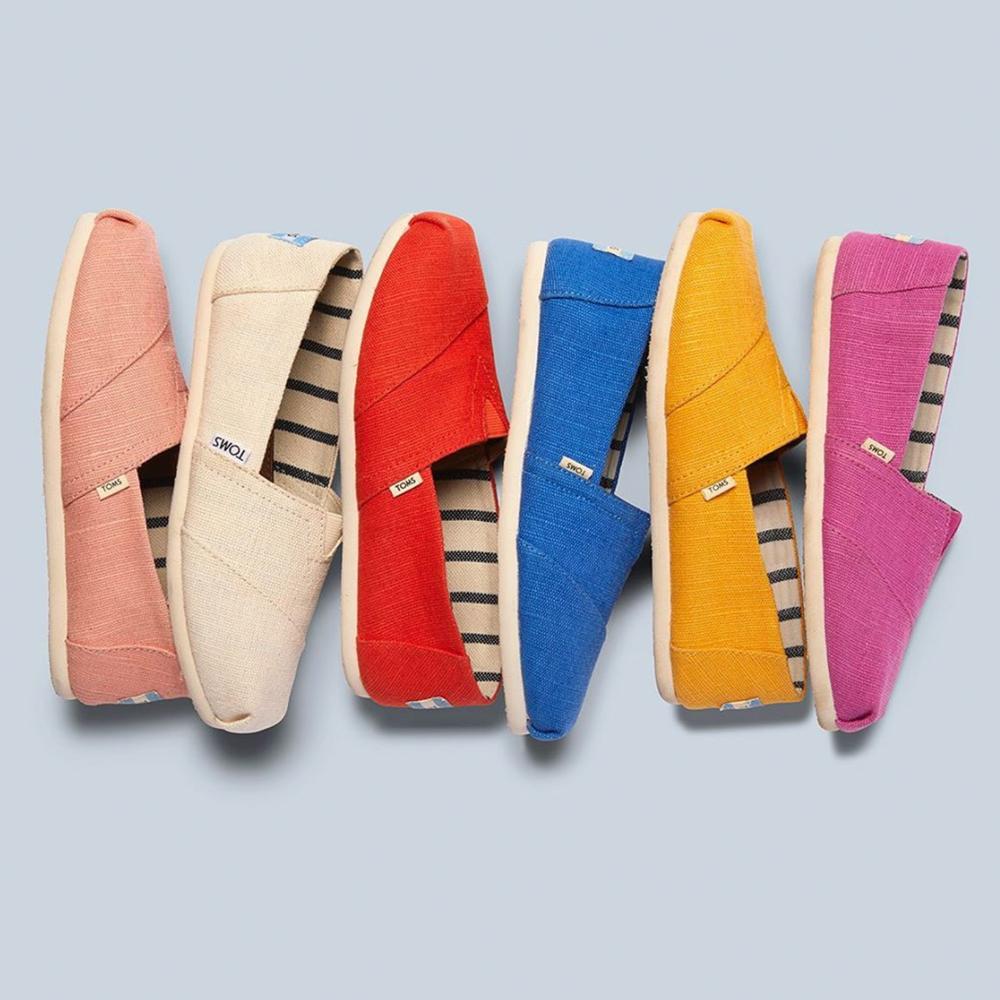 網購 Toms 休閒鞋款低至HK$154+免費直運香港/澳門
