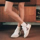 網購法國VEJA小白鞋低至HK$617+免費直運香港/澳門
