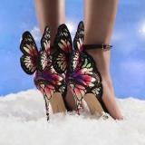 網購Sophia Webster鞋款低至香港價錢61折 + (限時)免費直送香港/澳門