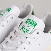Adidas Originals  低至半價+(限時)免費直送香港/澳門